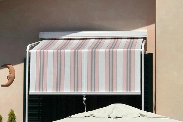 Realizzazioni tende da sole e pergole for Tenda da sole usata
